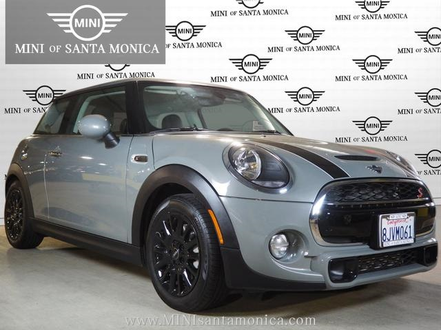 Pre-Owned 2019 MINI Cooper S  Hardtop 2 Door  Classic