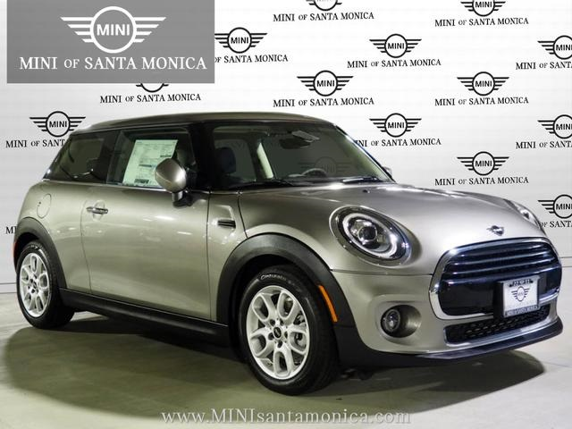 Pre-Owned 2020 MINI Hardtop 2 Door Signature