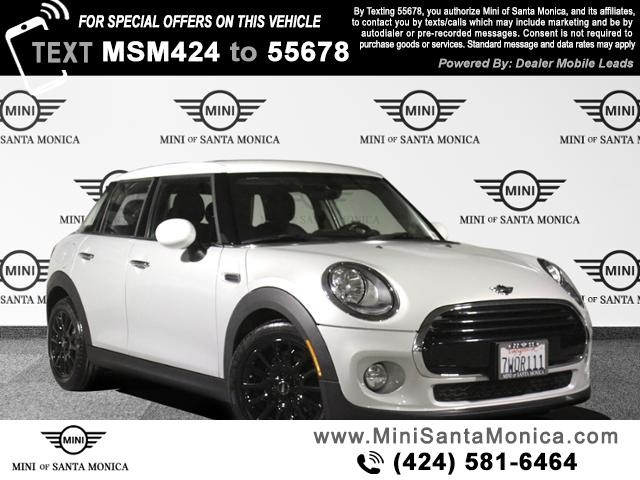 Pre-Owned 2017 MINI Cooper Cooper