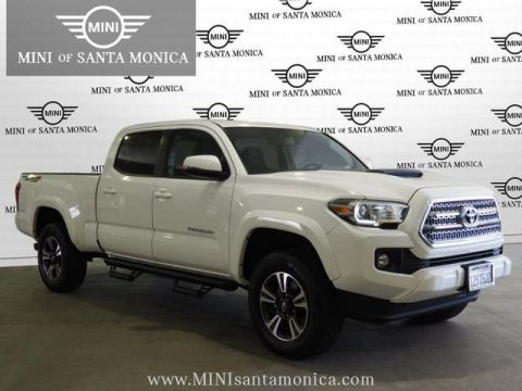Pre-Owned 2017 Toyota Tacoma TRD Sport With Navigation & 4WD
